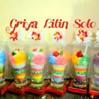 Lilin Es Rainbow